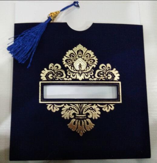 Mẫu thiệp cưới ép nhũ vàng