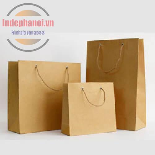 Túi giấy kraft trơn bán sẵn
