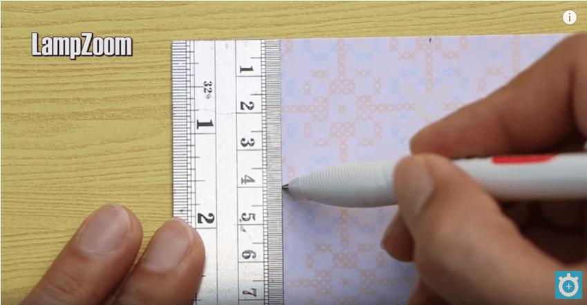 Đánh dấu các cạnh một khoảng 4cm