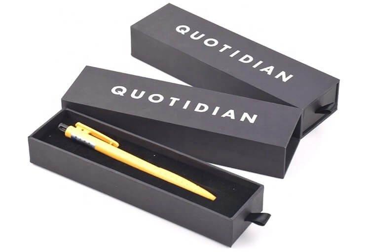 Hộp đựng bút dạng nắp âm dương