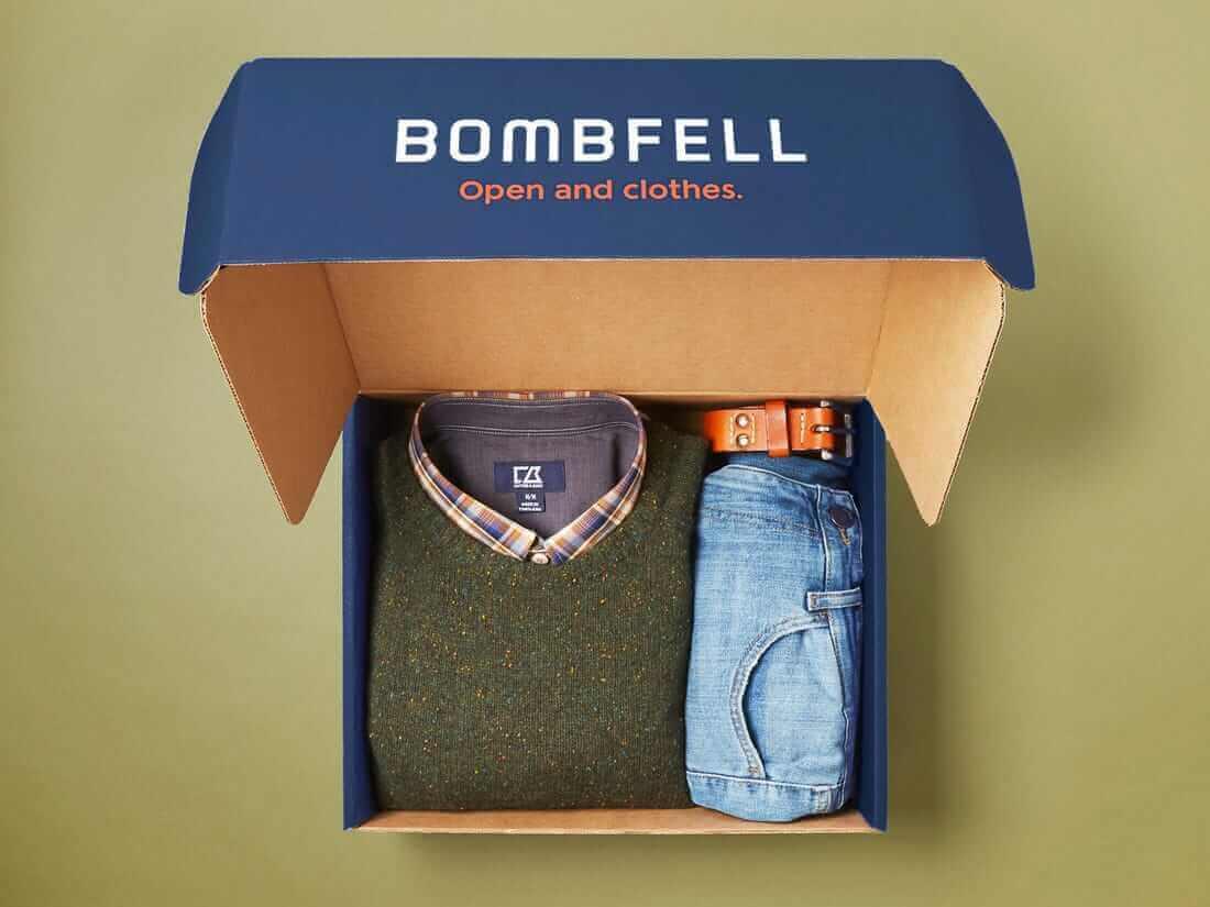 Báo giá hộp giấy đựng quần áo